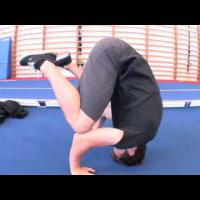 Head Position for Headstands