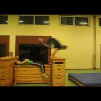 Sidesteps - Parkour & Free Running Training ( indoor )